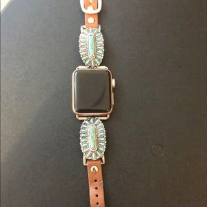 Jewelry - Faux turquoise cluster Apple Watch band 38mm